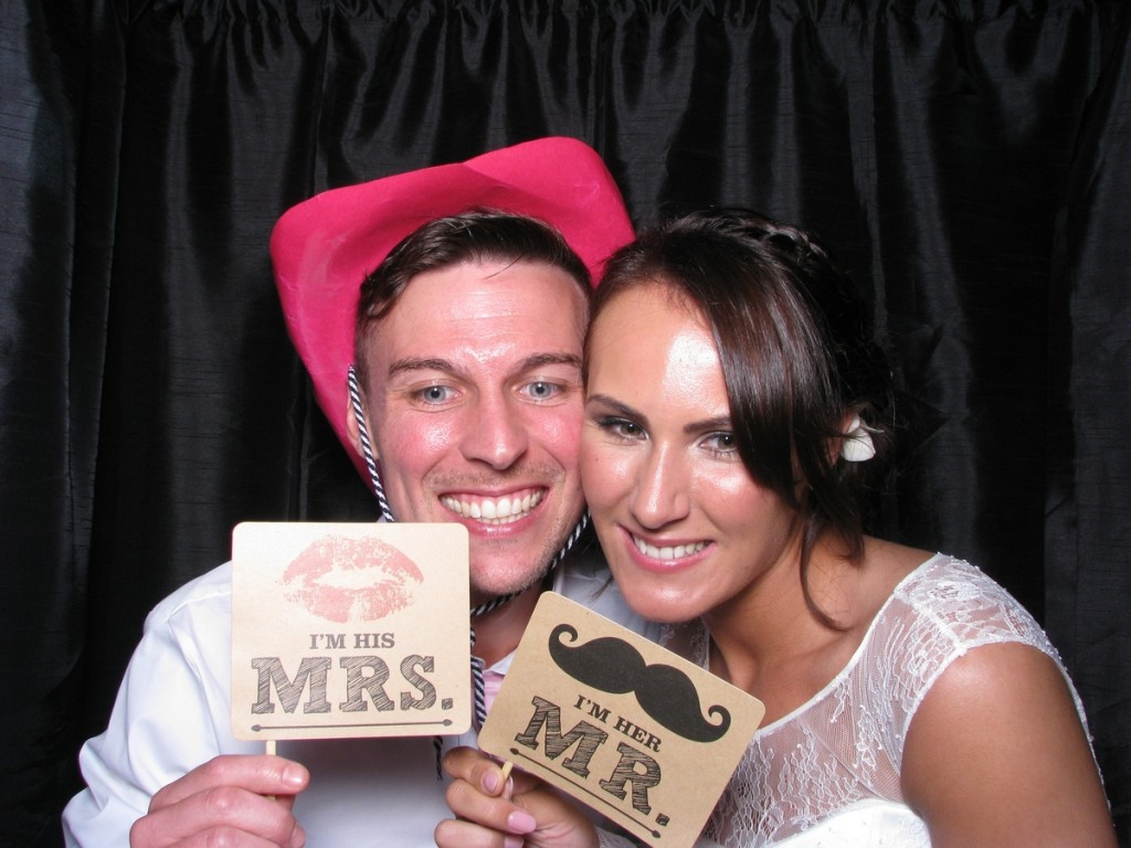 Photo Booth Inn on the Lake - Lauren and Andrews wedding 1