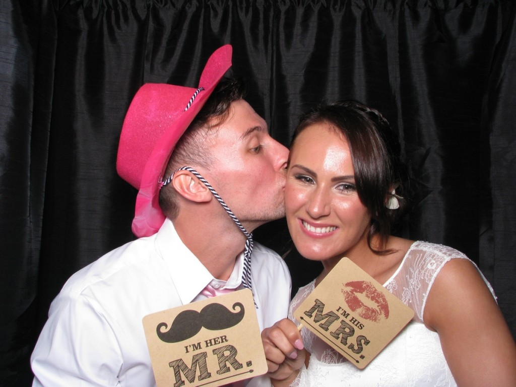Photo Booth Inn on the Lake - Lauren and Andrews wedding 2
